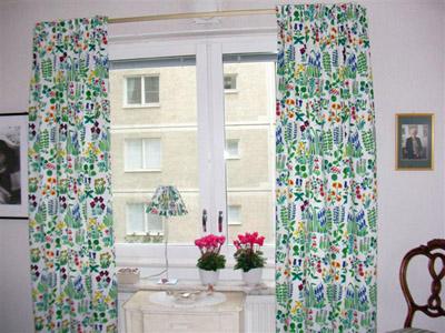 SW88歳のご夫妻の寝室のカーテン.JPG